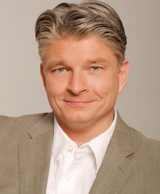 Dr. Peter Dahmen